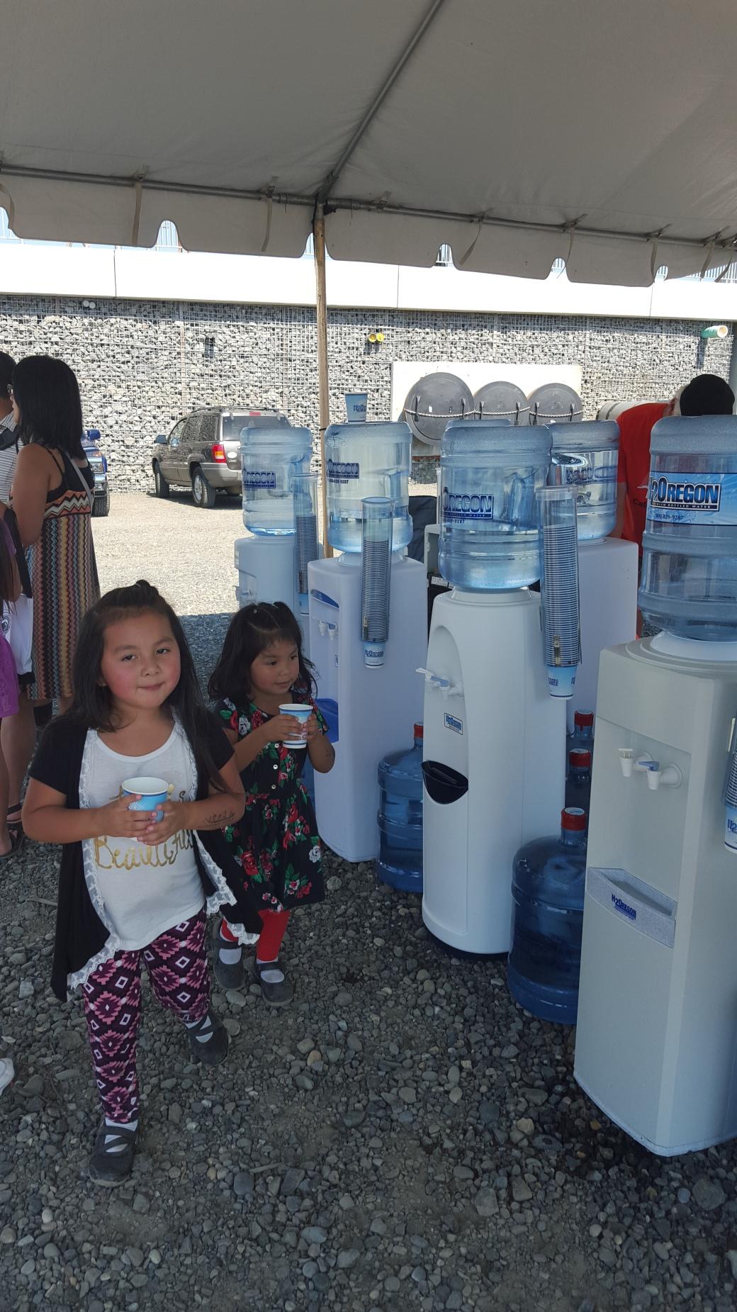 children drinking water, trimet, orange line, happy girls, drinking, h2oregon, water